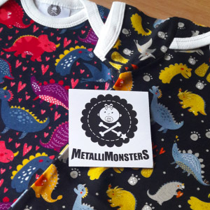 Rocking Babies - bgimage - 11 - Metallimonsters