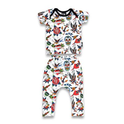 Six Bunnies - tattooshop pyjamaset Tattoo Shoppe 2-delig - wit met print